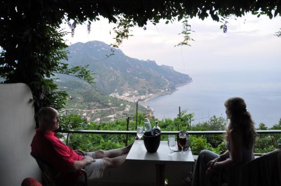 Graal Hotel Ravello: Pre funk on our rooms balcony.