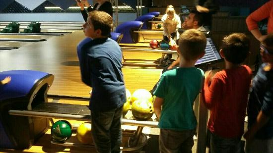 anniversaire bowling rivesaltes