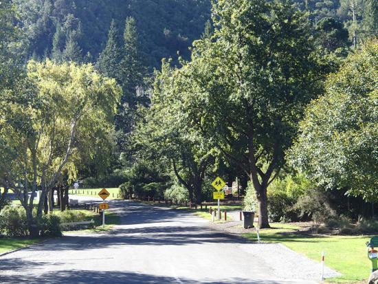 Oxford, New Zealand: Campground Entrance