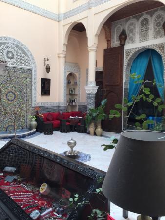 Riad Ibn Battouta: patio