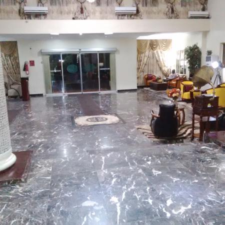 De Renaissance Hotel: hotel lobby