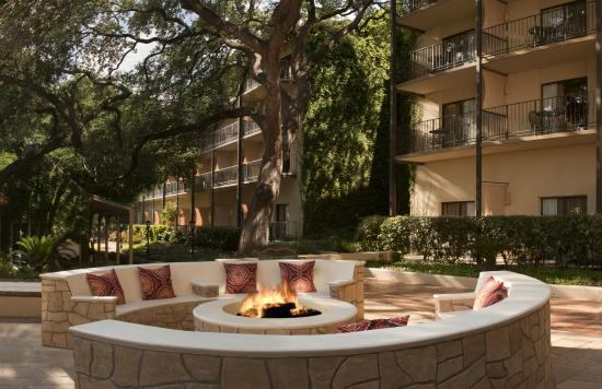 Marriott Plaza San Antonio: Fire Pit