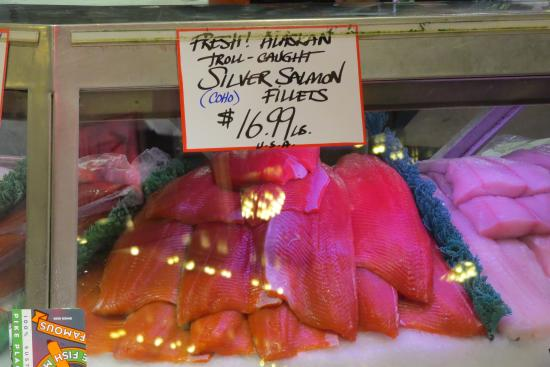 Pike place fish market picture of pike place fish market for Pike place fish
