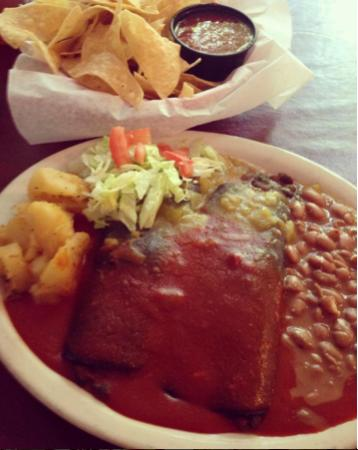 El Patio De Albuquerque: Spinach Enchiladas With Red And Green Chile