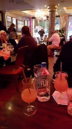 809 Sangria Bar & Grill