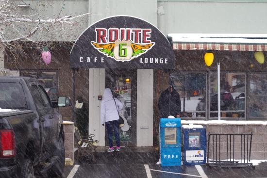 Route 6 Cafe: Entrance
