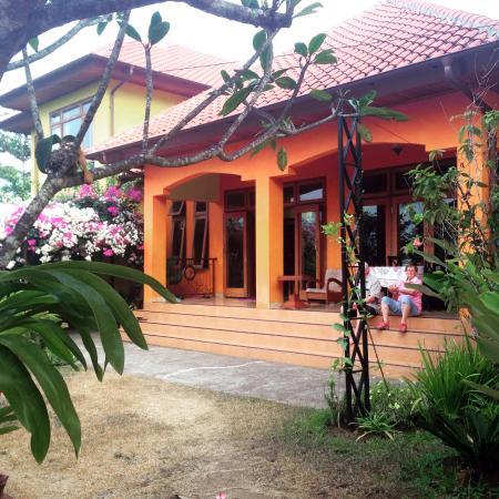 Villa Ma'rasai: front of the hotel