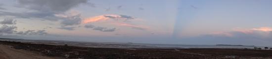 Clairview, Australia: Beach at Sunset