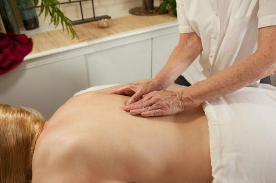 Bennington, VT: Renee offers Sweedish Massage, Sports Massage, Prenatal Massage, and Reiki Treatments