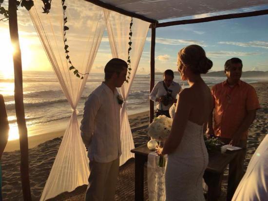 Playa Blanca, Mexico: Sunset wedding venue