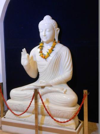 Kalakriti Cultural & Convention Center : Inside