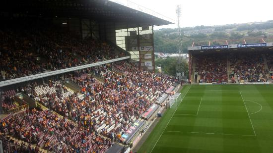 Valley Parade: New pitch Aug 2015