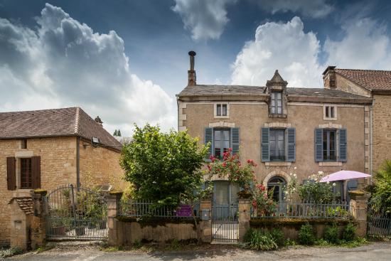 La maison de violette b b veyrignac voir les tarifs for Maison violette
