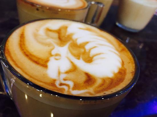 Coco Gelato Dragon Coffee Artist