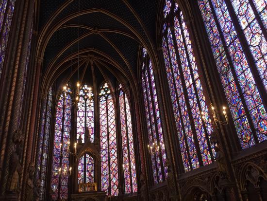 Paris, France: Vitrales de la Sainte Chapelle