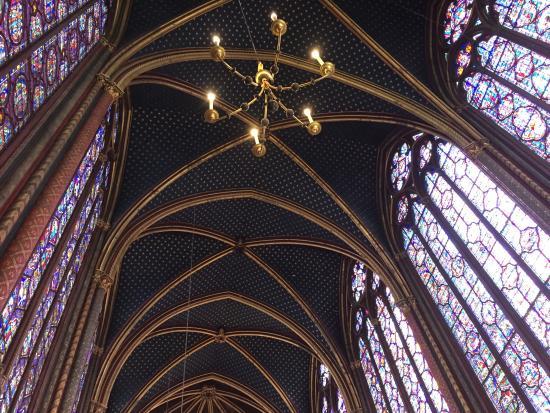 Paris, France: El techo de la planta superior de la Sainte Chapelle