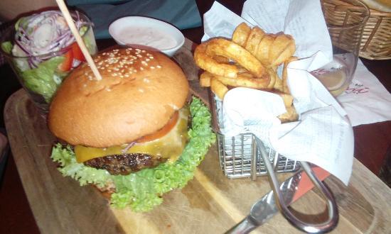 Freilassing, เยอรมนี: Burger