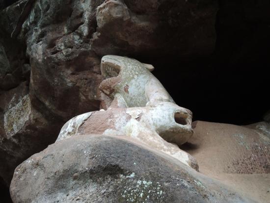 Tongtian Cave Scenic Resort