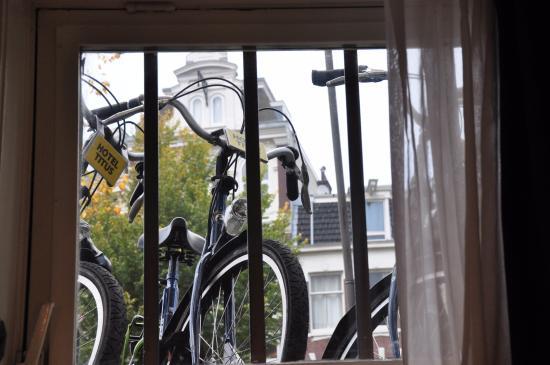 Hotel Titus: Пейзаж за окном