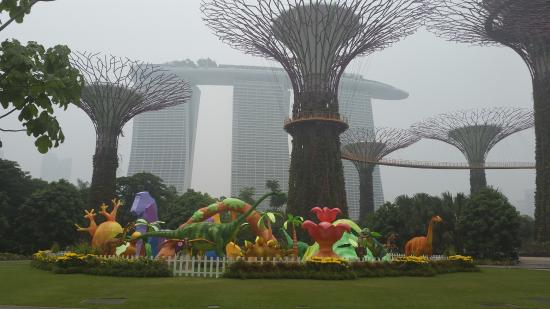 Garden By The Bay Baby baby statue - picture of gardensthe bay, singapore - tripadvisor