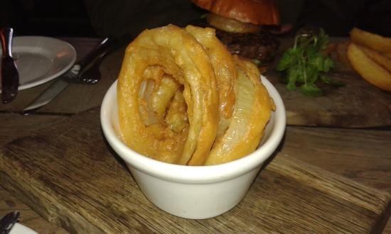 Crudwell, UK: Giant onion rings!