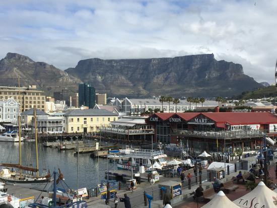 The Table Bay Hotel: View of Table Mountain from the walkway outside the hotel