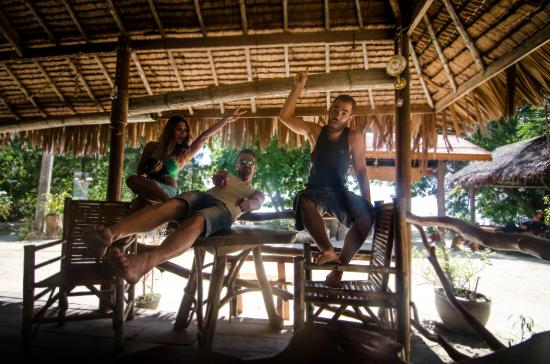 Coconut Corner Bungalows: restaurante hotel
