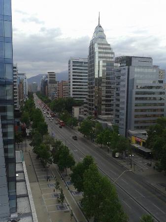 Alessandria Apart Hotel: Avenida providencia
