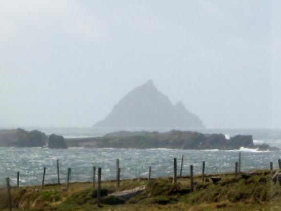 Dunquin, Irland: Skellig Michael from the Blasket Centre