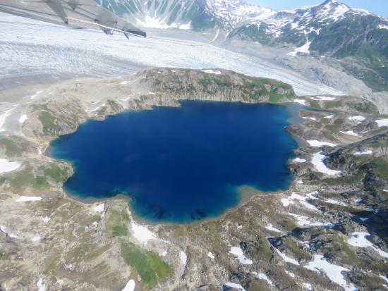 Russell Fishing Company: Glacier lake seen from above on the float plane tour