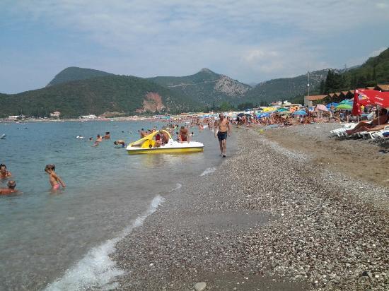 Canj, Czarnogóra: pláž Biserna Obala