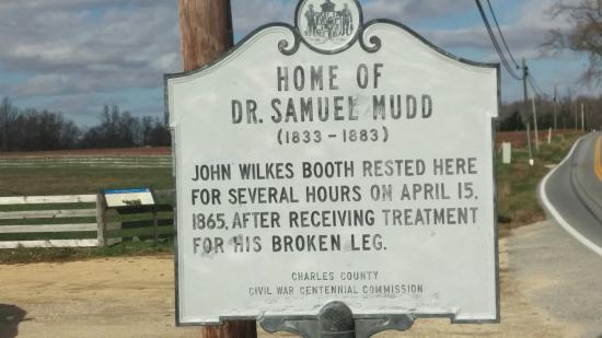 The Dr. Samuel Mudd House & Museum: Front sign