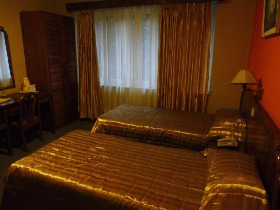 Nirvana Garden Hotel: Beds