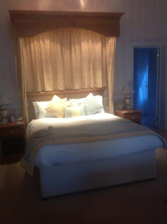 The Crescent Hotel: King sized bed