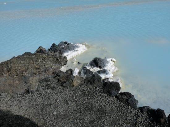 Grindavik, Islândia: Une eau à 38° un plaisir au milieu de la neige