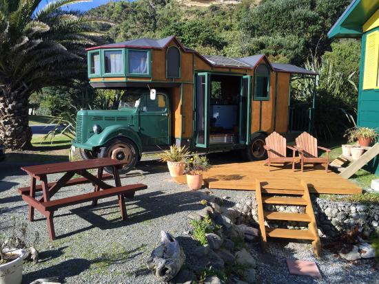 Punakaiki Beach Hostel House Truck