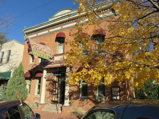 Rochester Hotel & Bar: Hotel Front in Fall Colors