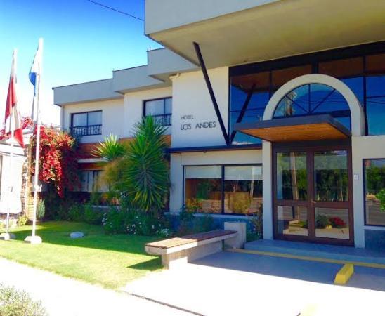 Hotel Los Andes: Vista Exterior - Entrada