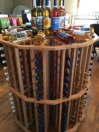 Adair, OK: Good selection of wines