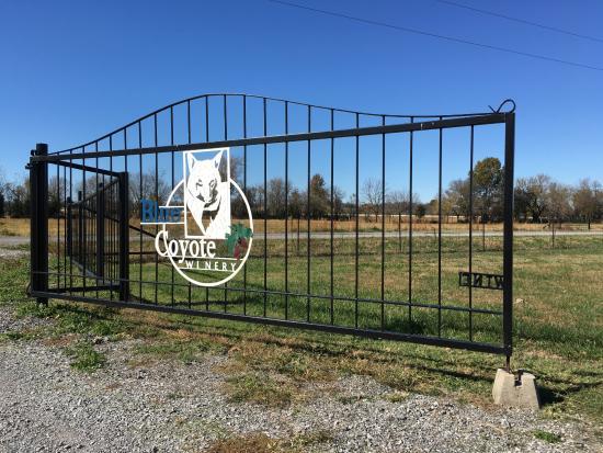 Adair, OK: Gate entrance