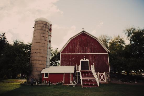 Willow Pond Bed, Breakfast and Events: Barn for reception