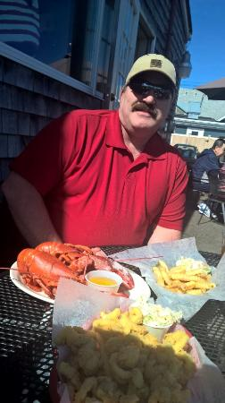 Kennebunk, ME: Steam Maine Lobster lunch for two