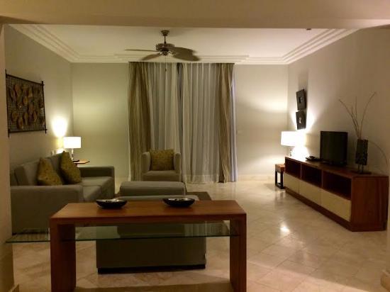 Alsol Luxury Village: living room