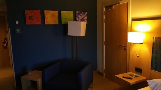 Park Inn by Radisson Liege Airport : Zimmer