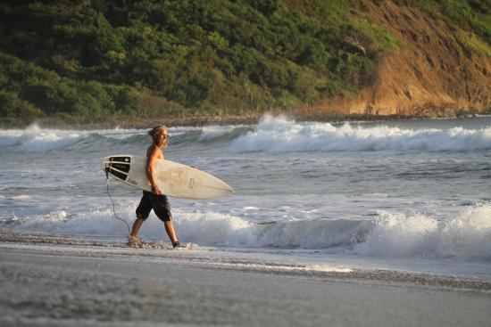 El Transito, Nicaragua: come and play with us