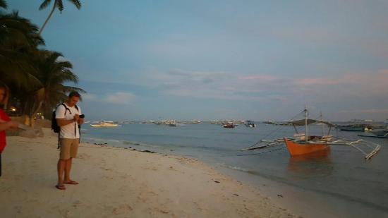Panglao Island, Filippinerna: 20151104_173214_large.jpg