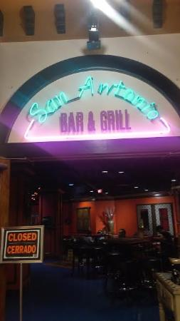 San Antonio Bar and Grill: Come and See