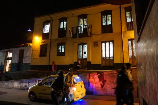 Casa Platypus: Platypus at night