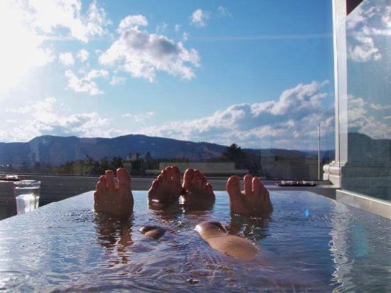 Γουάιτφιλντ, Νιού Χάμσαϊρ: Views from tower tub!