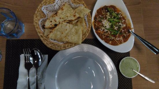 The kadai paneer and the garlic naan was freshly and for Ashoka cuisine of india